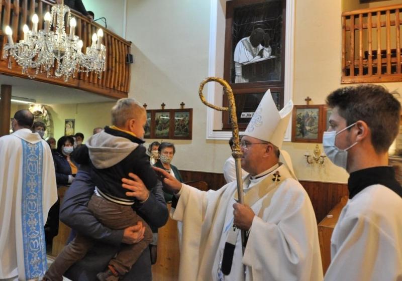 Požehnanie obnoveného kostola v Lopúchove