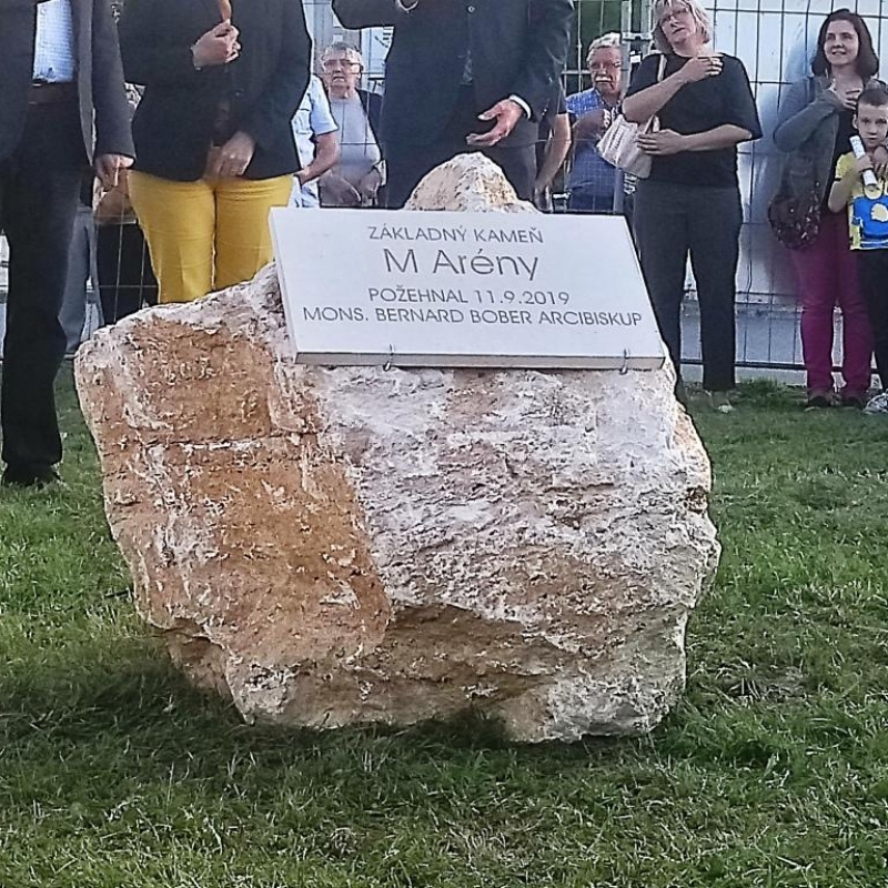 Požehnanie základného kameňa M Arény pre spoločenstvo Marana Tha
