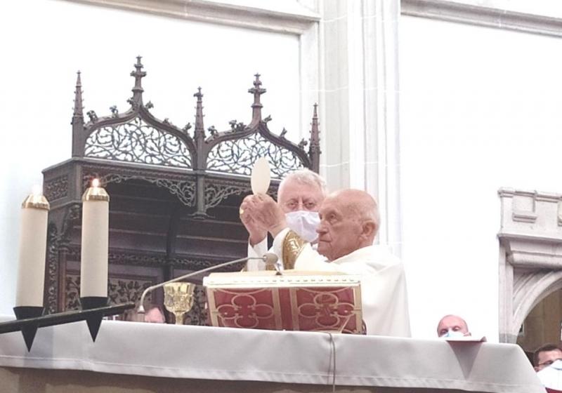 Emeritný arcibiskup Mons. Alojz Tkáč jubiluje