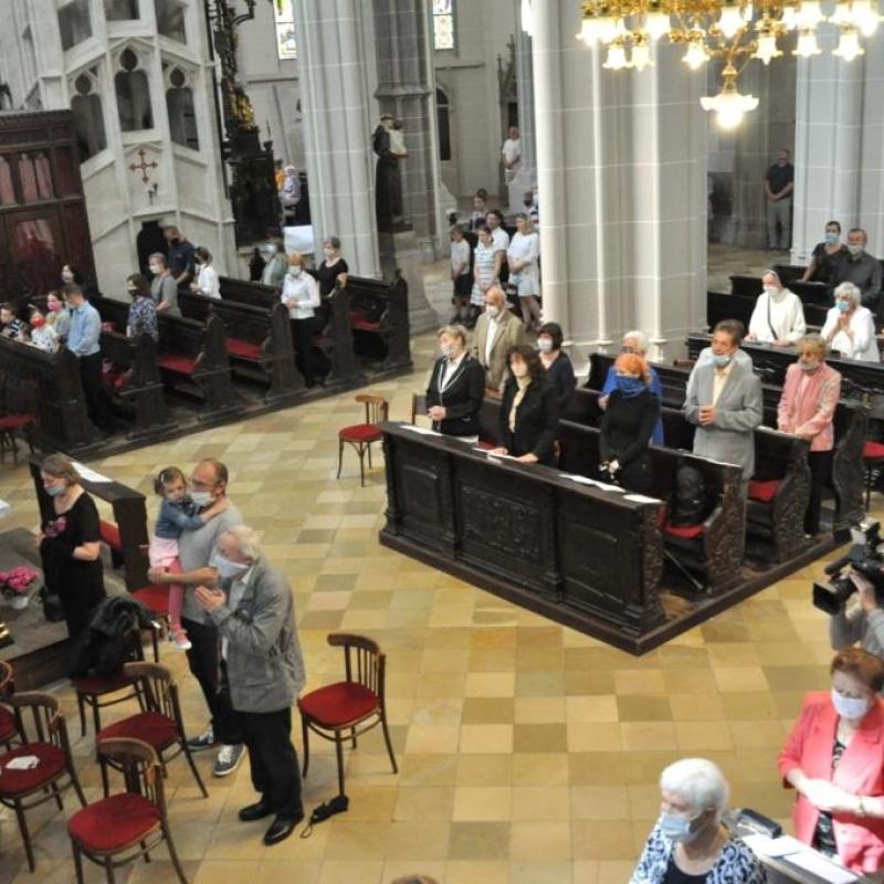 Slávenie bohoslužieb od 19. apríla je s obmedzením