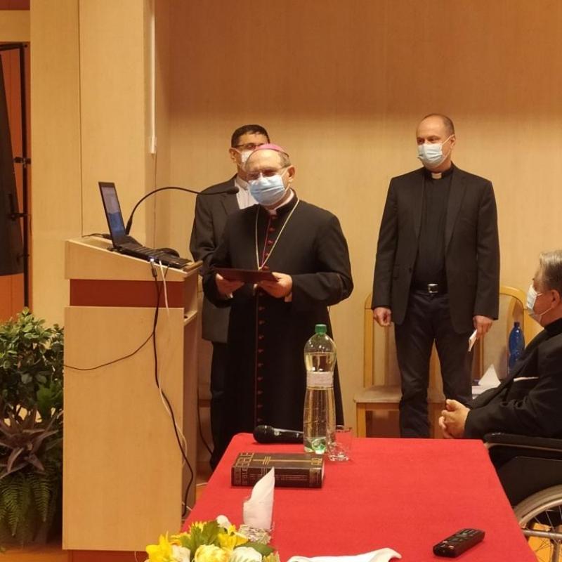 Rok Božieho Slova ukončili na TF KU konferenciou Otváral nám Písma